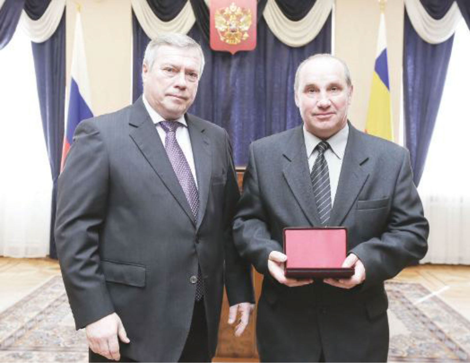 В.Ю.Голубев-и-А.М.-Семенов.-главный-инженер-ГК-Светлый