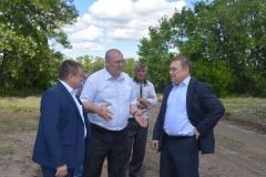 заместитель губернатора РО В. Г. Гончаров и ген директор гк светлый Гончаров А.Е.